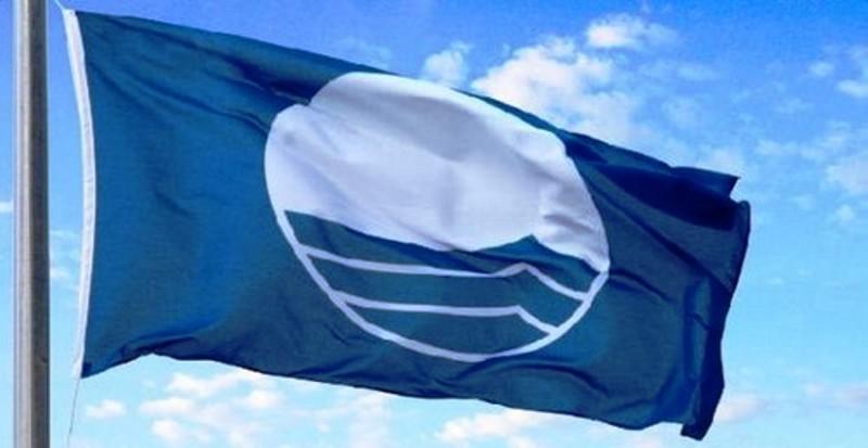 Esposto della Codacons Puglia ad Antitrast, Procure ed Enac sulle bandiere blu assegnate in regione dalla FEE