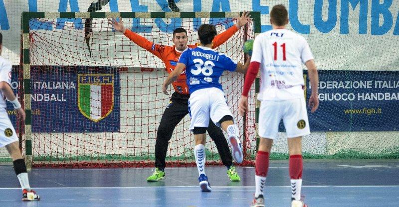 Al via la poule play-off di pallamano: è di nuovo confronto tra Junior Fasano e Bolzano