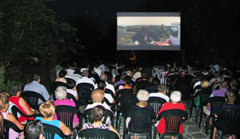 """Rassegna """"Cinema Estate"""": cambiano due film"""