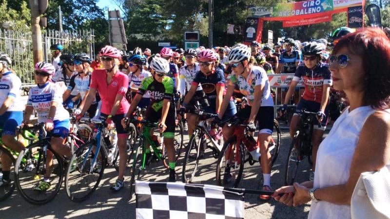 Fasano: Puglia in bici con Katherine Kelly Lang